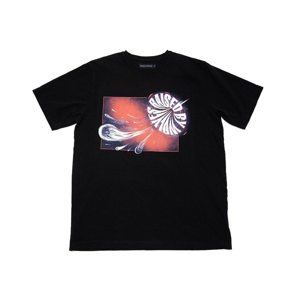【RAISED BY WOLVES/レイズドバイウルブス】1061C TEE Tシャツ / BLACK