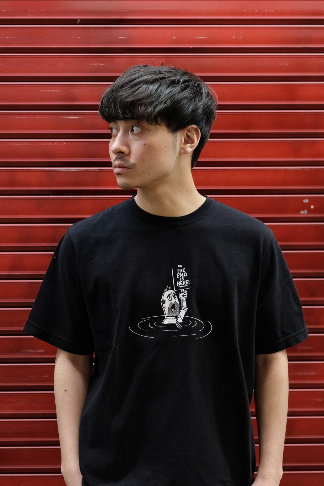 【RAISED BY WOLVES/レイズドバイウルブス】THE END IS HERE TEE Tシャツ / BLACK
