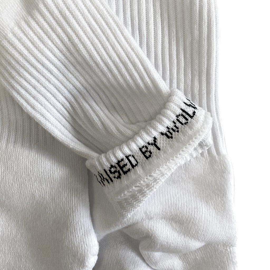 【RAISED BY WOLVES/レイズドバイウルブス】FUCK OFF SOCKS ソックス / WHITE