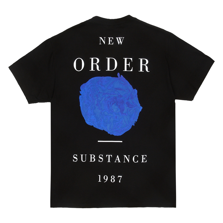 【PLEASURES/プレジャーズ×NEW ORDER/ニュー・オーダー】SUBSTANCE T-SHIRT Tシャツ / BLACK
