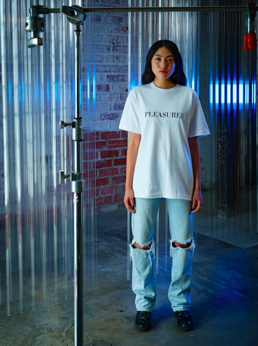 【PLEASURES/プレジャーズ×NEW ORDER/ニュー・オーダー】SUBSTANCE T-SHIRT Tシャツ / WHITE