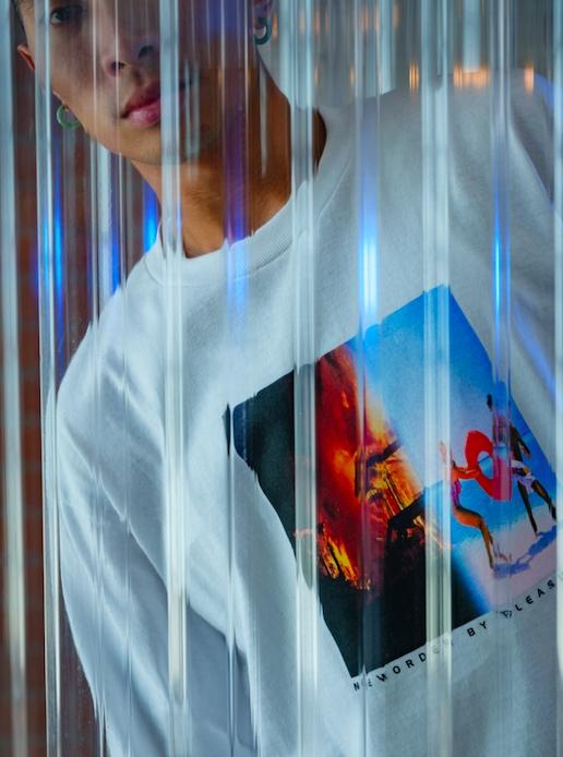 【PLEASURES/プレジャーズ×NEW ORDER/ニュー・オーダー】REPUBLIC LONG SLEEVE T-SHIRT 長袖Tシャツ / WHITE