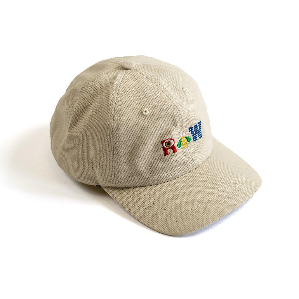 【RAISED BY WOLVES/レイズドバイウルブス】R BEE W DAD CAP ストラップバックキャップ / STONE