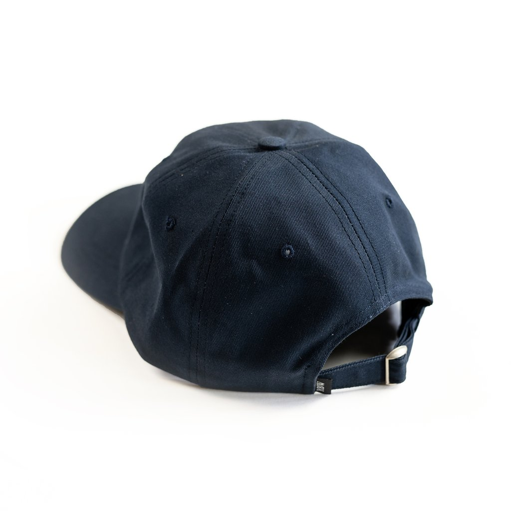 【RAISED BY WOLVES/レイズドバイウルブス】RESTRICTED DAD CAP ストラップバックキャップ / NAVY