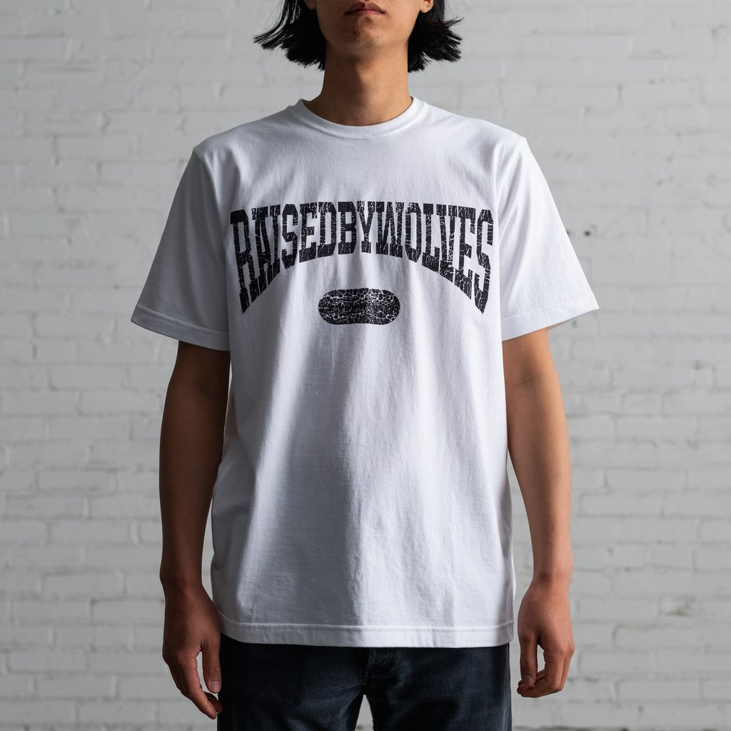 【RAISED BY WOLVES/レイズドバイウルブス】SPORTS TEE Tシャツ / WHITE
