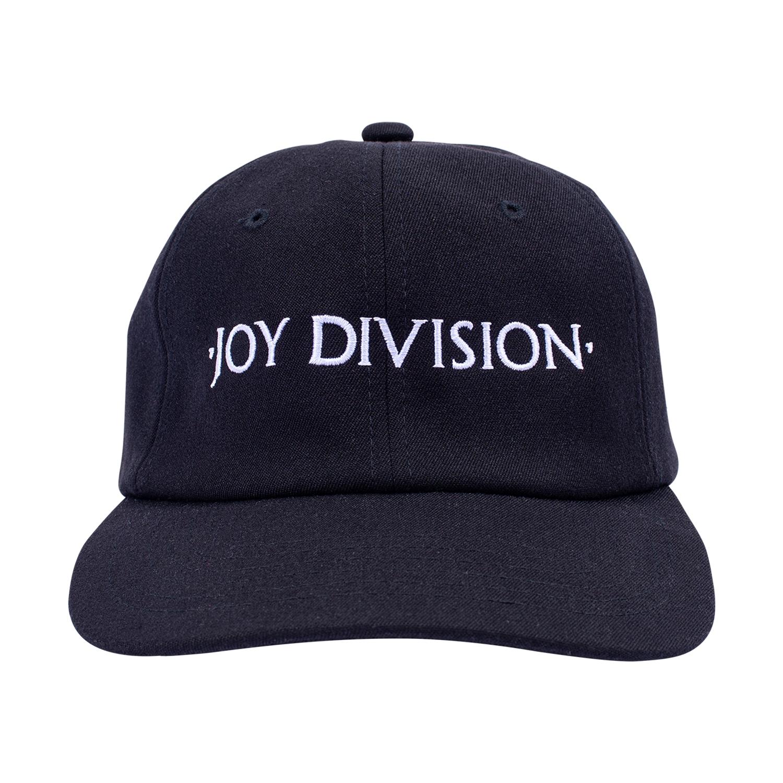 【PLEASURES/プレジャーズ×JOY DIVISION/ジョイ・ディヴィジョン】PLEASURE JD SNAPBACK CAP キャップ / BLK