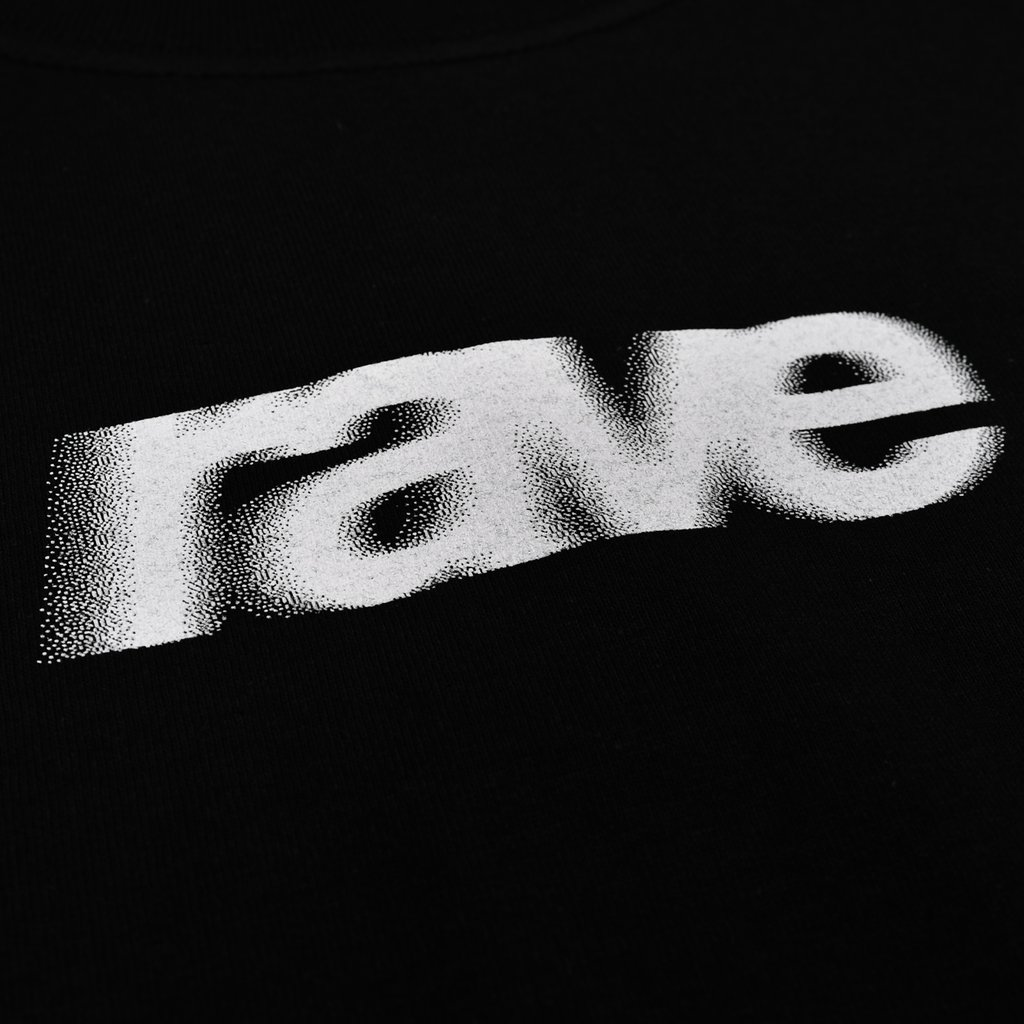 【RAVE SKATEBOARDS/レイブスケートボード】BLURRY LOGO TEE Tシャツ / BLACK