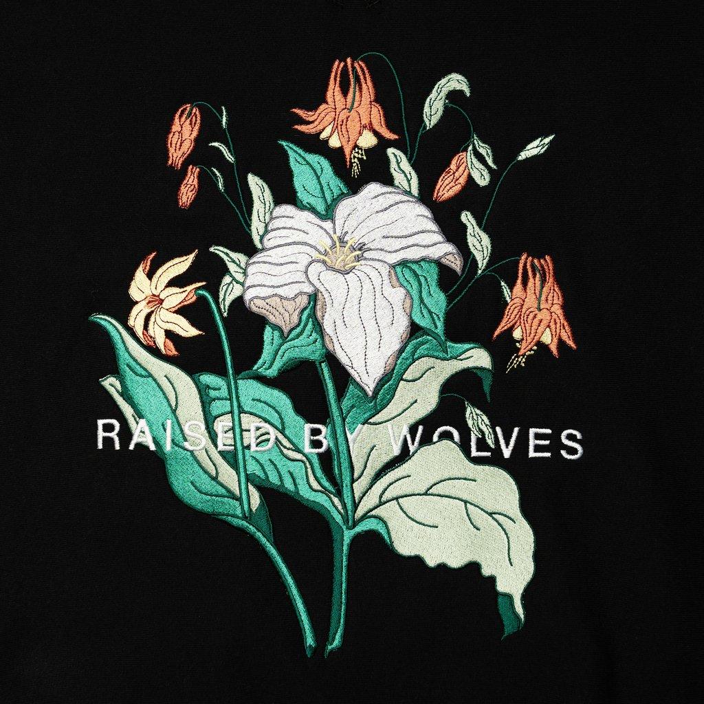 【RAISED BY WOLVES/レイズドバイウルブス】TRILLIUM CREWNECK SWEATSHIRT クルーネックスウェット / BLACK