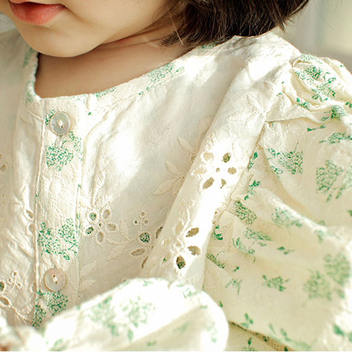 [ 3/25-3/30まで新作5%OFF  ]Kids Amber Charlotte blouse 全2色 ( 90-140cm )