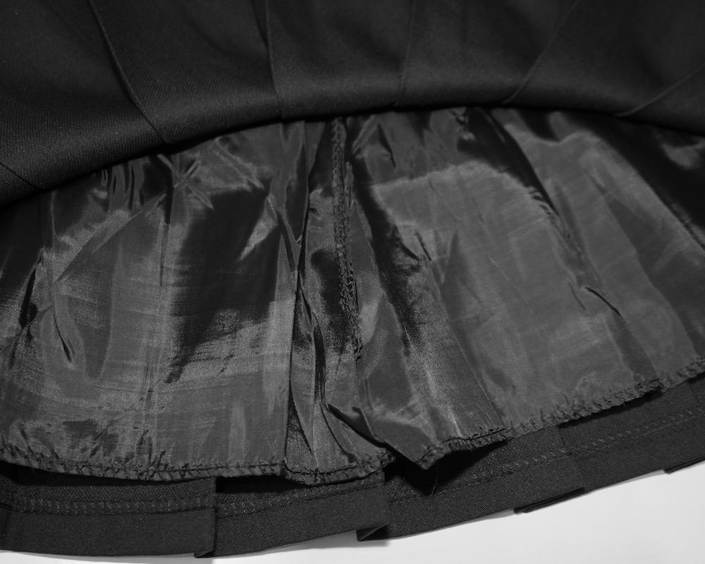 Double Belted Box Pleats Mini Skirt (black)