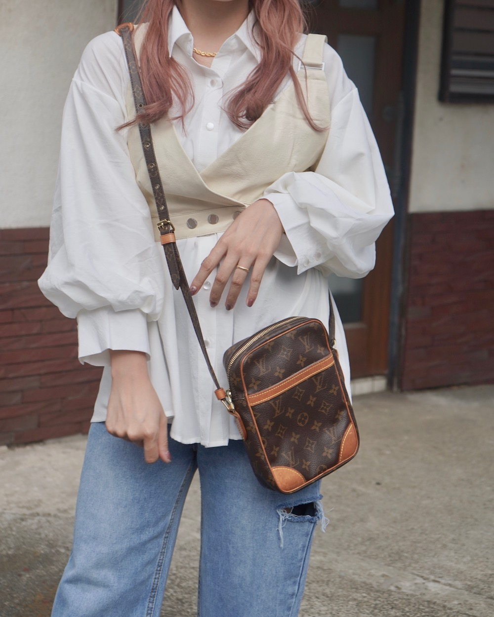Balloon Sleeve Loose Fit Shirts (white)