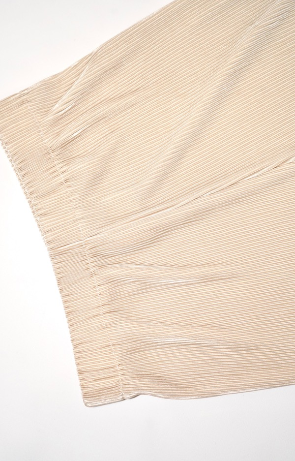Shiny Pleats Wide Pants (white beige)
