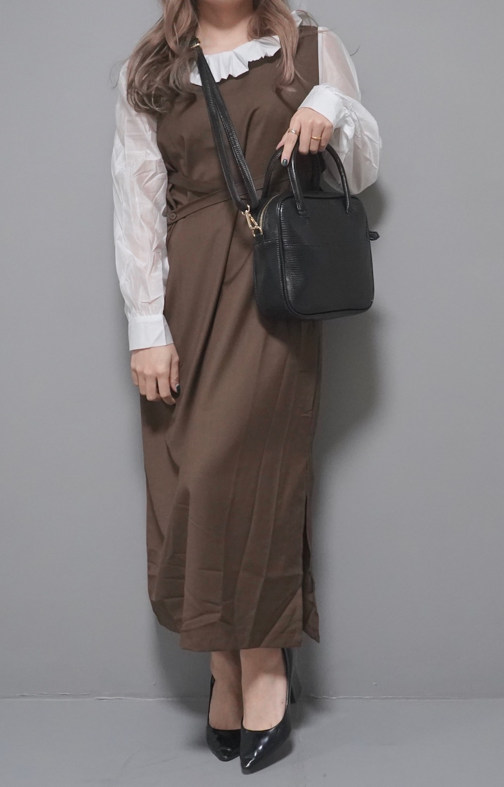 Pleats Collar Classical Onepiece (brown)