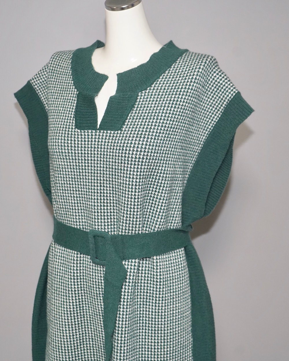 Houndstooth Long Vest Onepiece (green) *with Belt