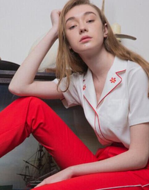 (全3色)エンブロイダリーサテンパイピングシャツ