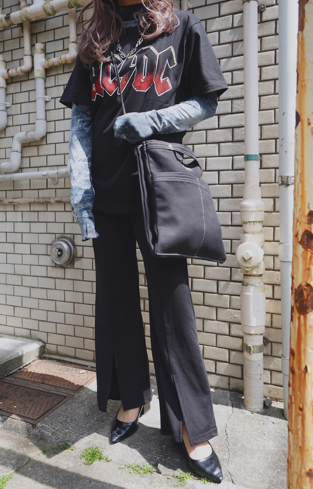 White Stitch Many Pocket Canvas Bag (black)