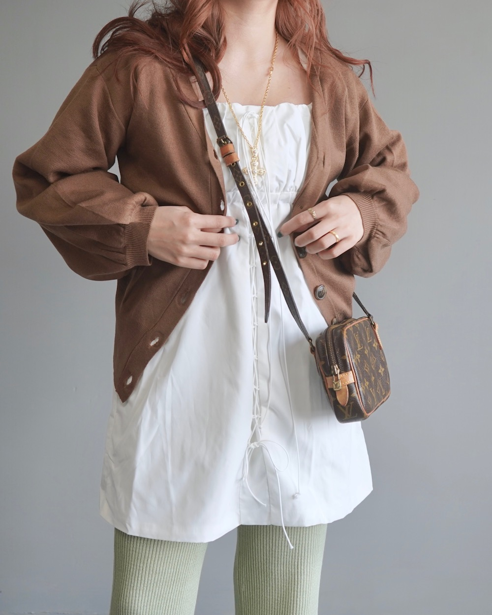 Balloon Sleeve V-Neck Knit Cardigan (brown)