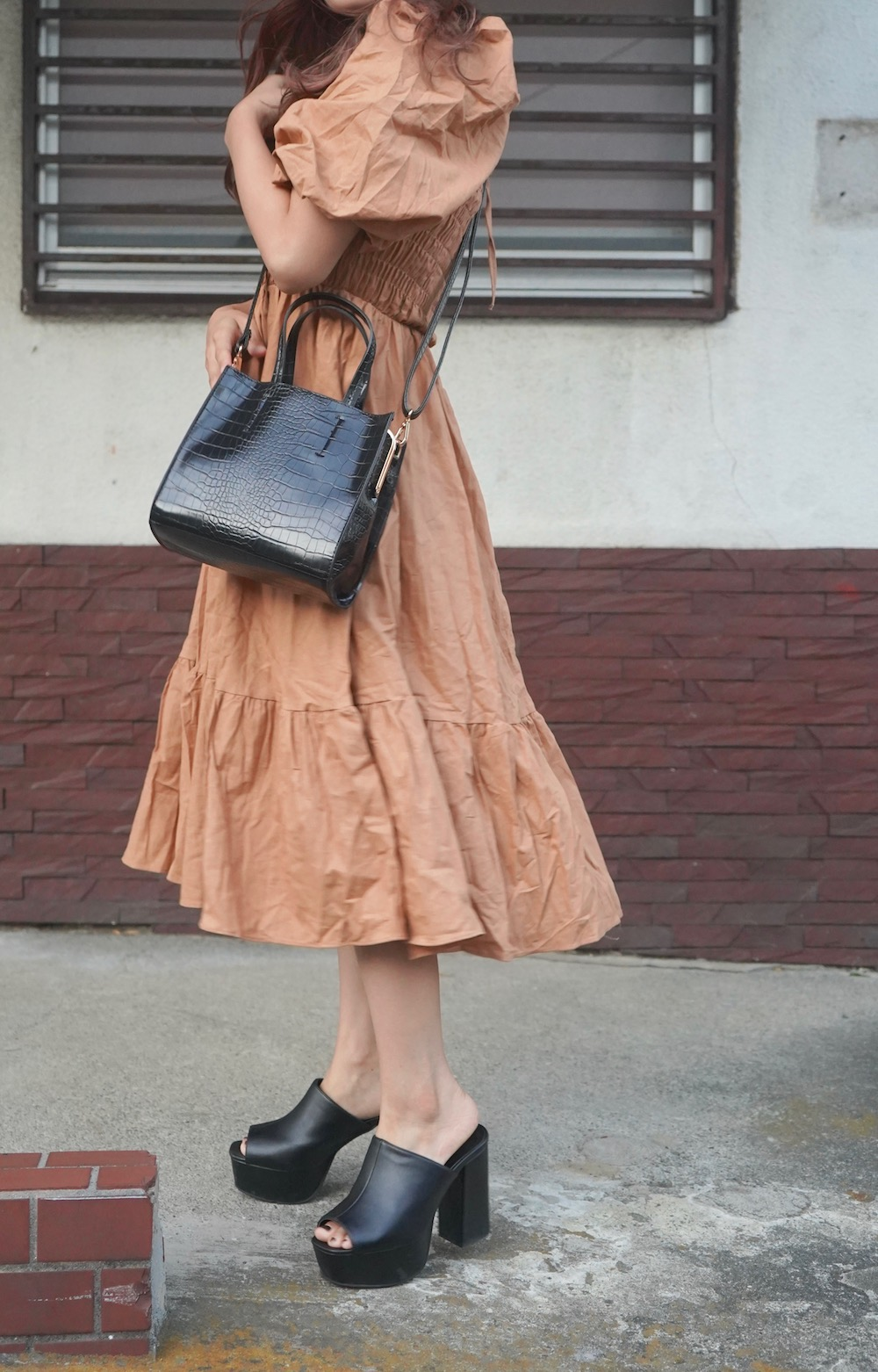 Puffsleeve Switching Shirring Onepiece (light brown)