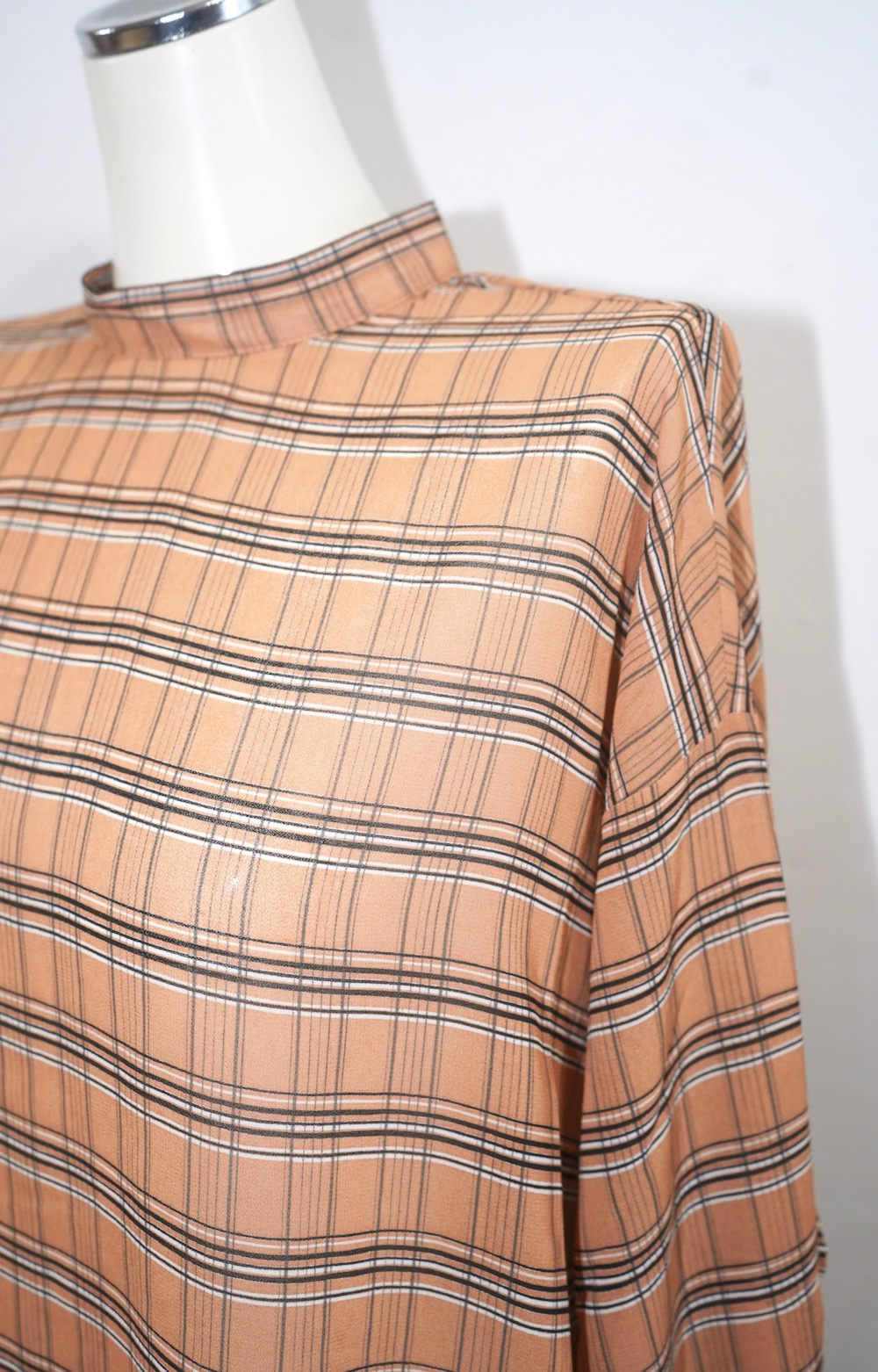 Checked Sheer Blouse (camel brown)