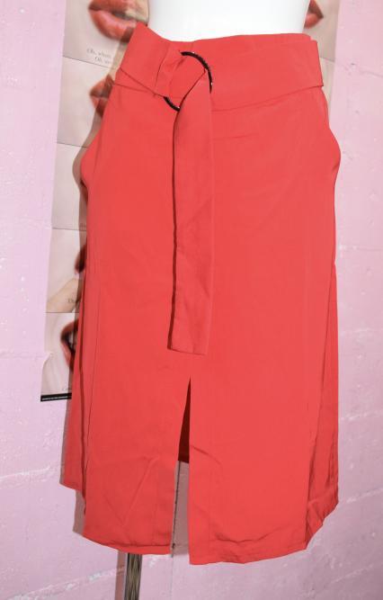 ベルトデザインスカーレットスカート