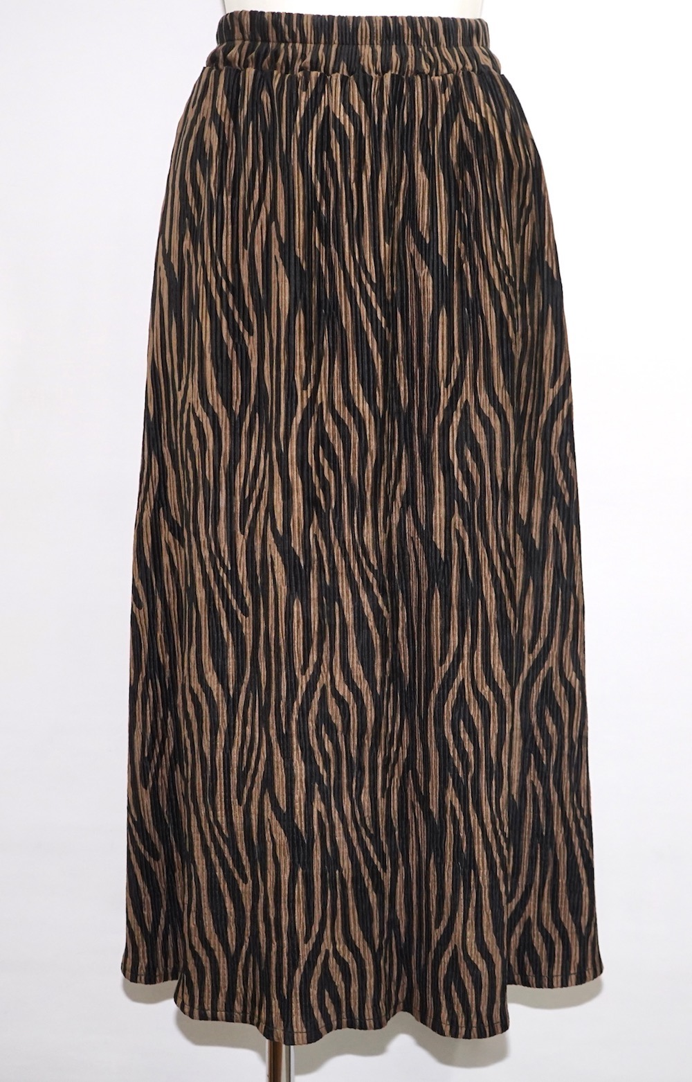 Zebra Velvet Pleats Long Skirt (brown)