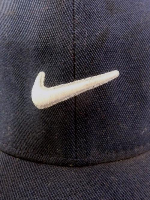 NIKE Swoosh Logo 6 Panel Cap(NVY)