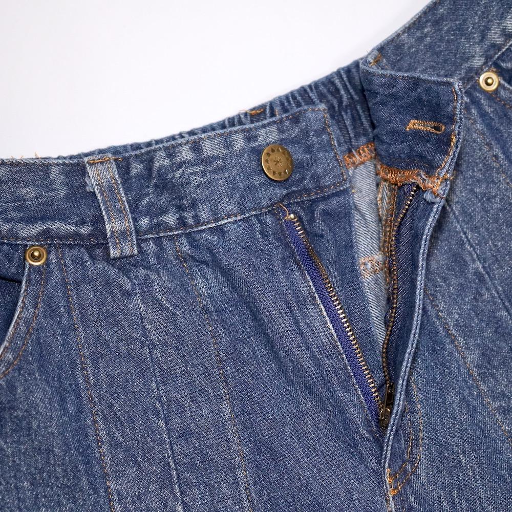 Point Pleats Wide Denim Pants