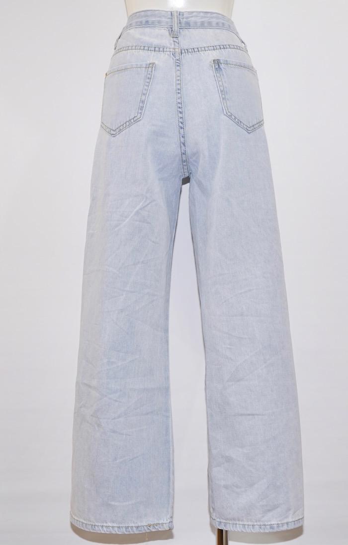 Left Knee Crush Denim Pants (light blue)