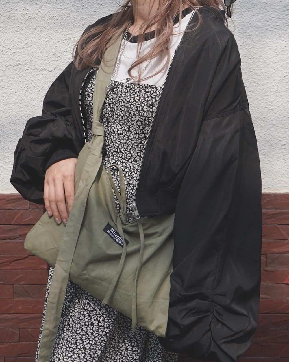 Balloon Sleeve Nylon Blouson (black)