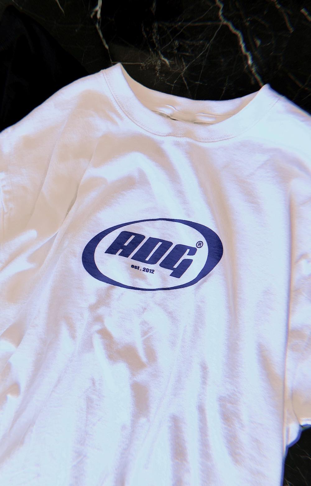 ADG OVAL LOGO BIG TEE (white-blue logo)