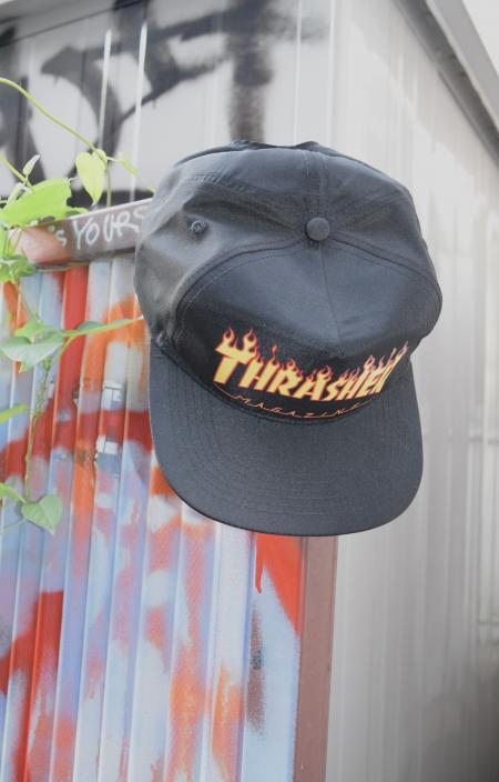 """※残り1点 """"THRASHER"""" FIRE LOGO SNAPBACK CAP(BLK)"""