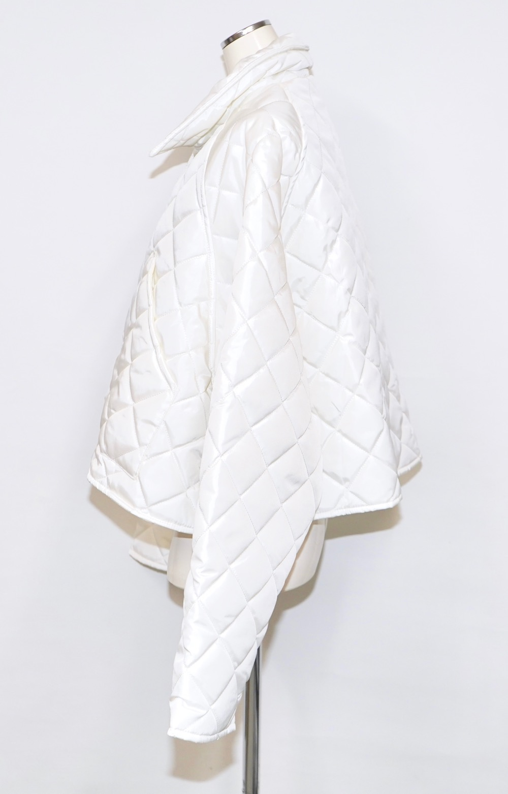 Padding Quilting Jacket (white)
