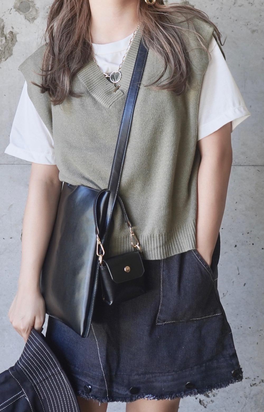 Basic V-neck Knit Vest (green tea)