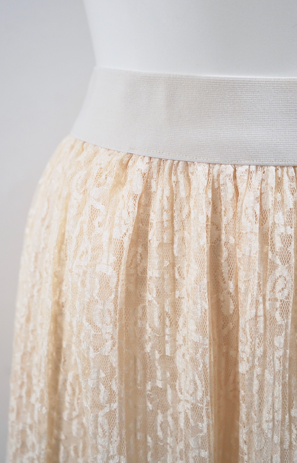 All Lace Flare Long Skirt (beige)