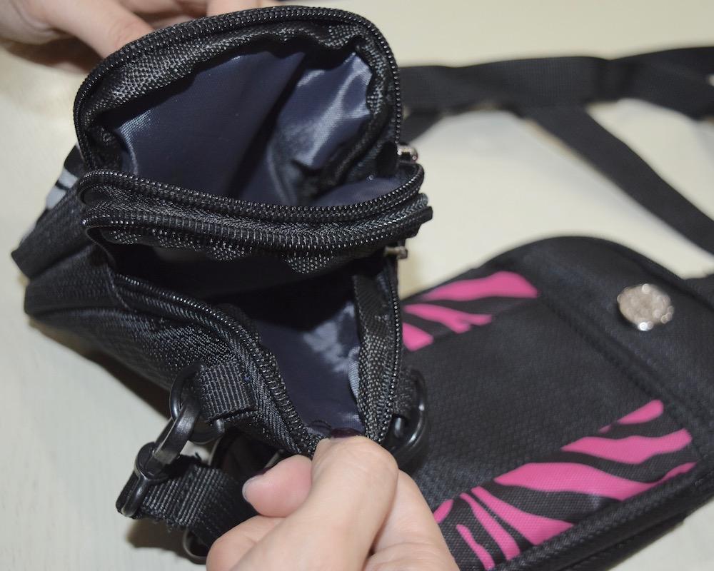 (全2色) ZEBRA GADGET SHOULDER BAG
