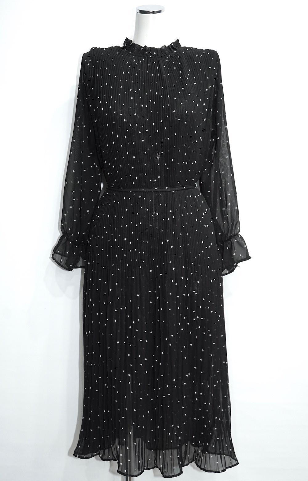Dot Pleats Long Onepiece (black)