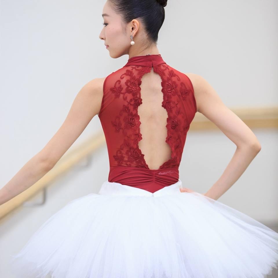 【バレエローザ】AMELIE アメリ タートルネック レースバック レオタード