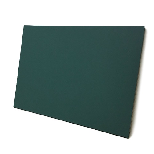 チョークボード(木製)緑色/(30cm〜45cm) x (30cm〜45cm) x 厚み2.1cm