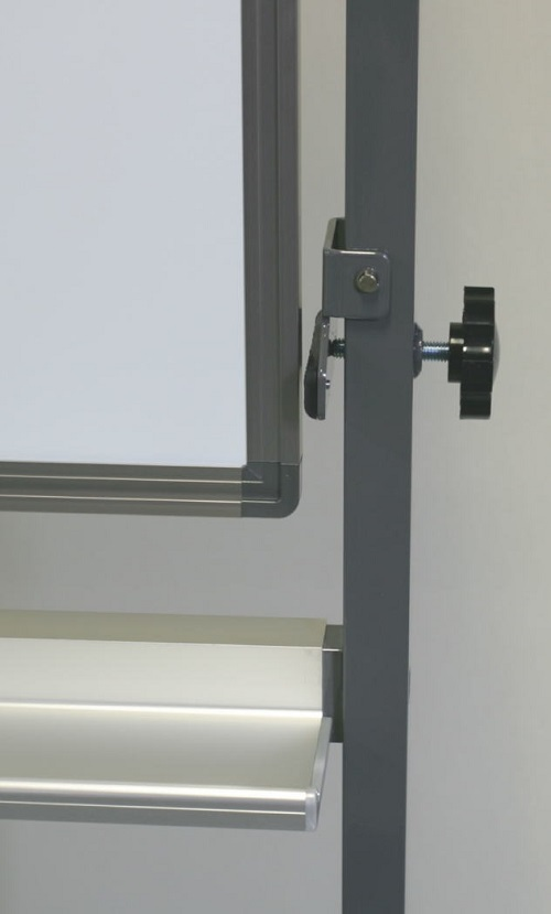 脚付き両面式ホワイトボード(片面縦書き月予定表/片面無地) / ボードサイズ:タテ90cm x ヨコ120cm、スタンド装着時の全高184cm