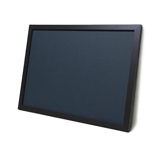 チョークボード(スチール製)黒色(木目調枠付き)/90cmx150cm(枠を含む外寸) x 厚み2cm 約6.5kg