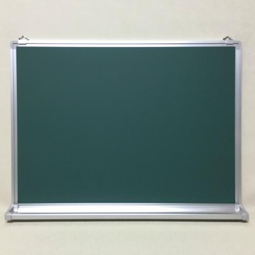 壁掛け式スチール製(無地)/ (タテ46cm〜90cm x ヨコ91cm〜120cm)     厚み1.5cm(粉受け奥行き4cm)