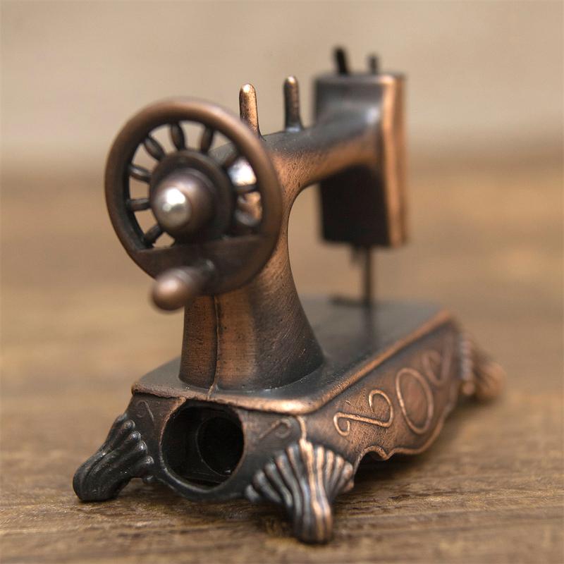 【ミニチュア】アンティークシャープナー[レトロ ミシン]鉛筆削り
