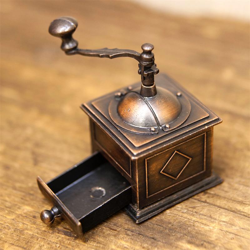 【ミニチュア】アンティークシャープナー[コーヒーミル]鉛筆削り