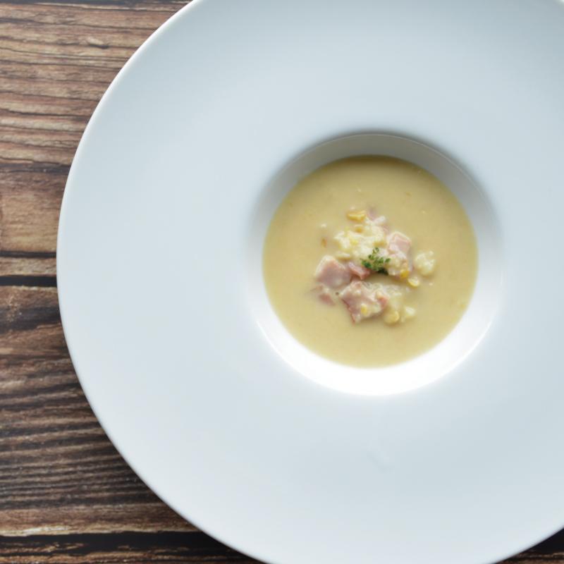 コーンチャウダースープ