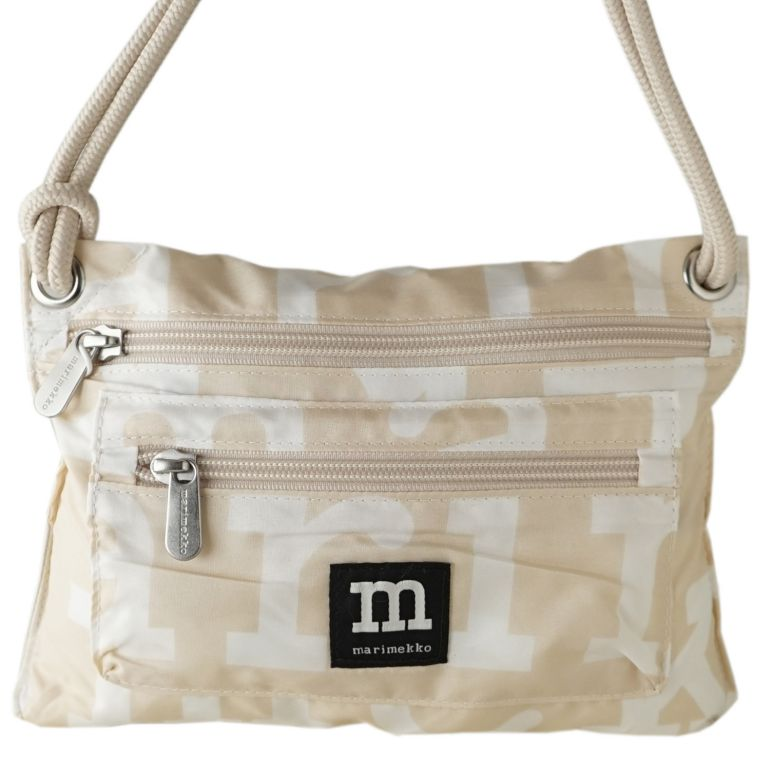 マリメッコ バッグ スマート トラベルバッグ Logo ロゴ ベージュ×オフホワイト 049532 810