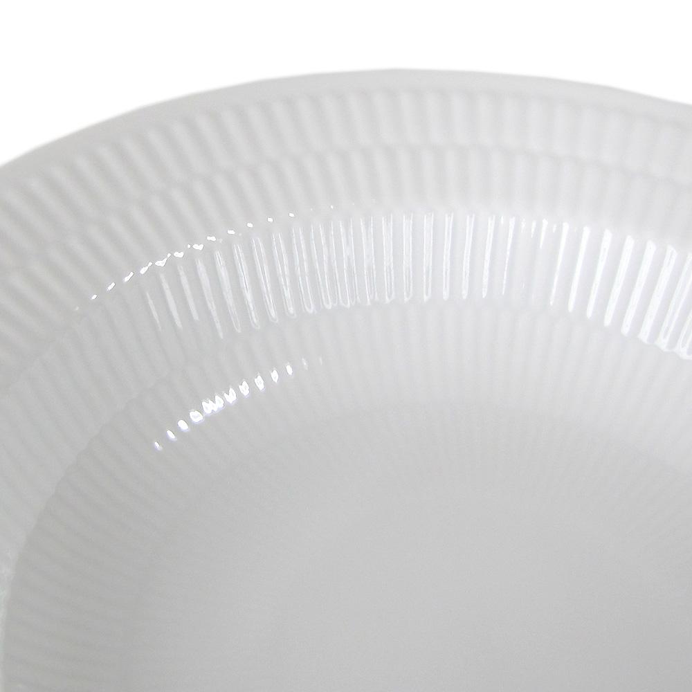 ロイヤルコペンハーゲン ホワイトフルーテッド ディーププレート 深皿 パスタプレート パスタ皿 スーププレート 21cm 2408604 名入れ可有料 ※名入れ別売り