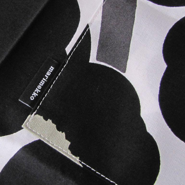 メール便可275円 マリメッコ エプロン Pieni Unikko ピエニ ウニッコ ホワイト×ブラック 064161 030