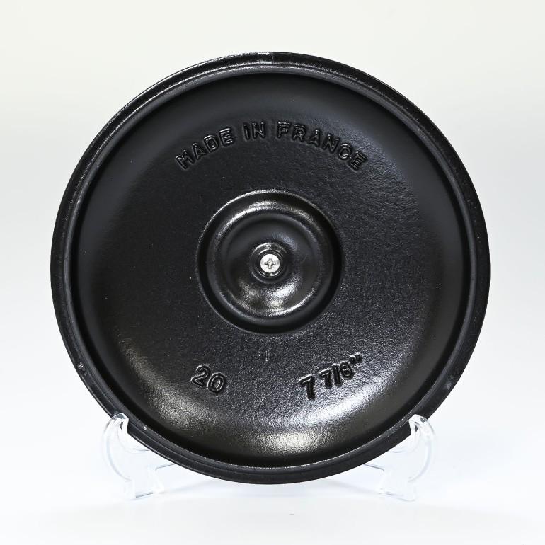 ストウブ ラウンドホットプレート 20cm 鋳物 ホーロー 鍋 なべ 調理器具 キッチン用品 ブラック 1332025 (40509-579-0)