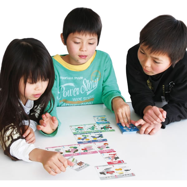 知育玩具 トランプカード トランプ 世界のいろいろトランプ 室内遊び おもちゃ 玩具 ゲーム