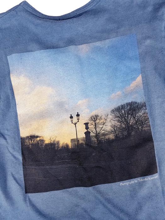 NAISSANCE ネサーンス PHOTO TEE (BACK) Tシャツ ブルー 20S-NSA-CS-12